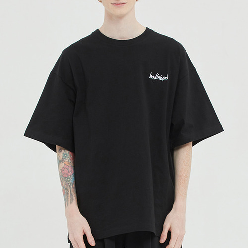 DOCUMENT GRAPHIC TEE_BLACK