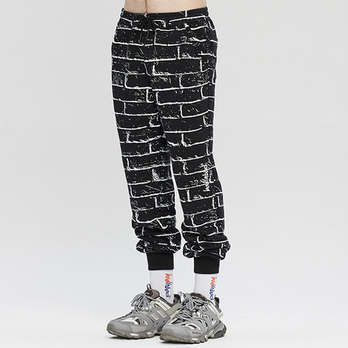 BRICK GRAFFITI SWEATPANTS_BLACK